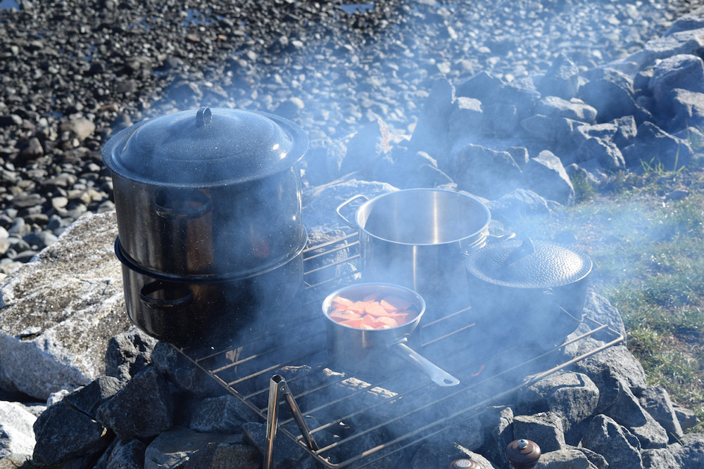 How to cook Thanksgiving Dinner on a Campfire (YES, SERIOUSLY)