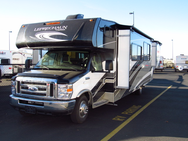 2017 Coachmen Leprechaun 319MB