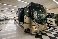 2015 Fleetwood Discovery 37R