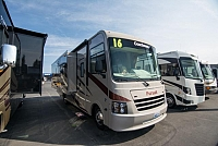 2016 Coachmen Pursuit 27KBP