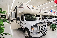 2018 Coachmen Freelander 28BHF