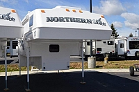 2019 NORTHERN LITE 8-11 EX WET BATH