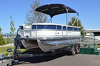 2016 Forest River Berkshire Pontoon B220CR