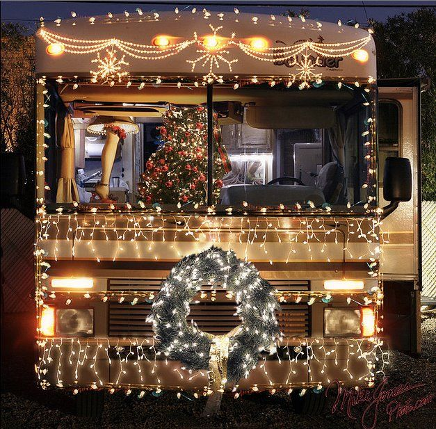22 Awesome Holiday Decoration Ideas For Your RV