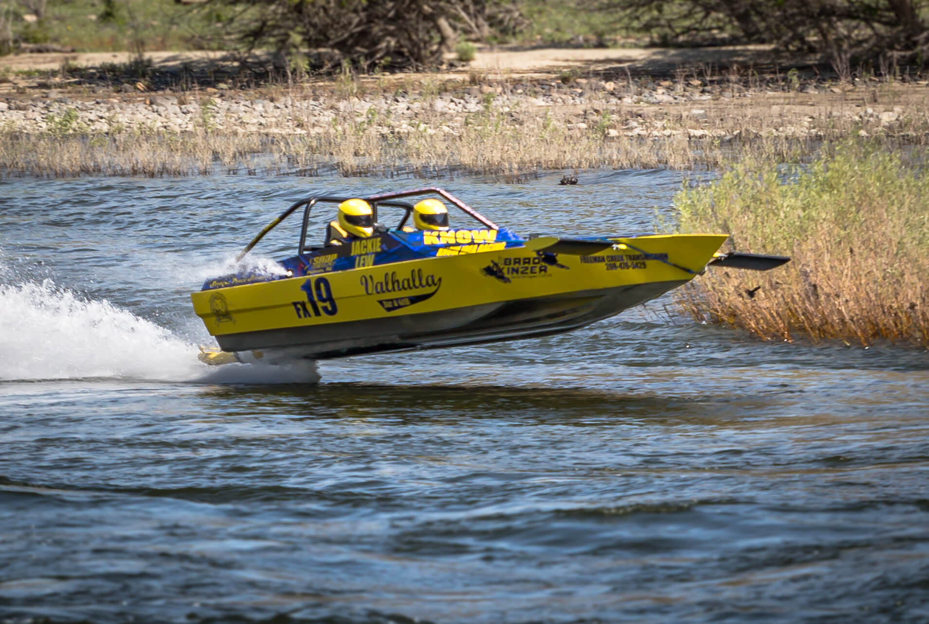 What Happens on the Water: Boat Shows and Racing Festivals