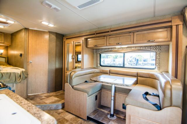2015 Thor Four Winds 24C