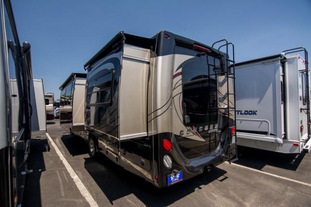 2016 Coachmen Concord 300DS