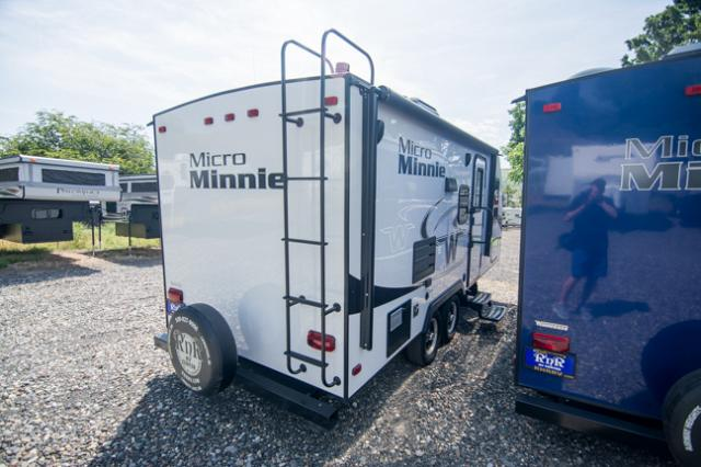 2018 Winnebago Micro Minnie 2106DS