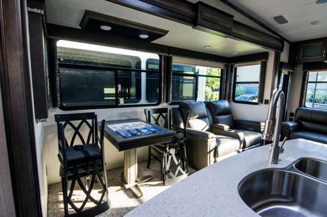 2019 Keystone Montana 330RL